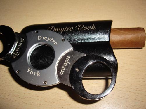 Гравировка ножа для сигары