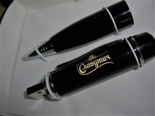 гравировка флешки ручки